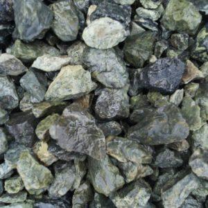 zmeevik verdantit sred 300x300 - Каменная крошка Змеевик