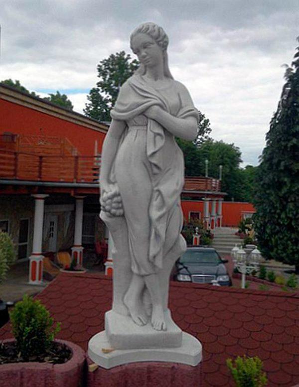 """Античная скульптура """"Девушка в одеянии"""""""