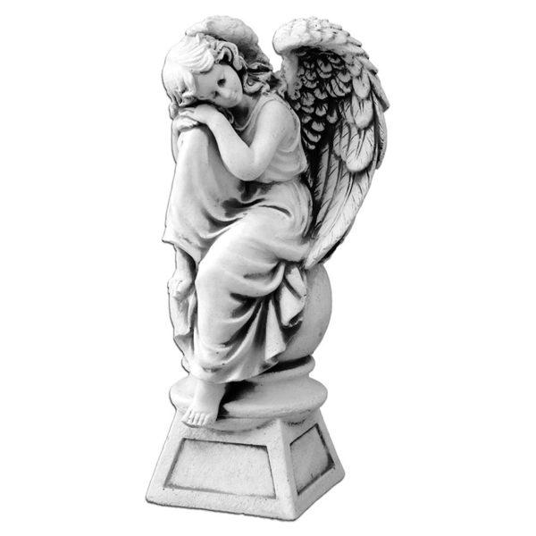 """Скульптура """"Ангел на шаре"""""""
