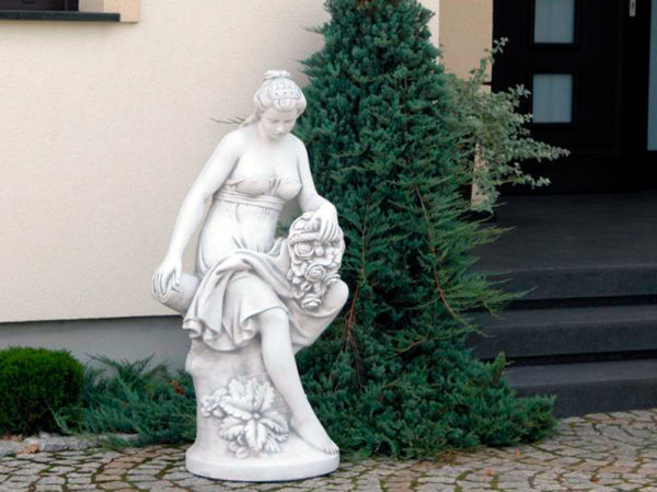 "Скульптура античная ""Эвридика с цветами"""