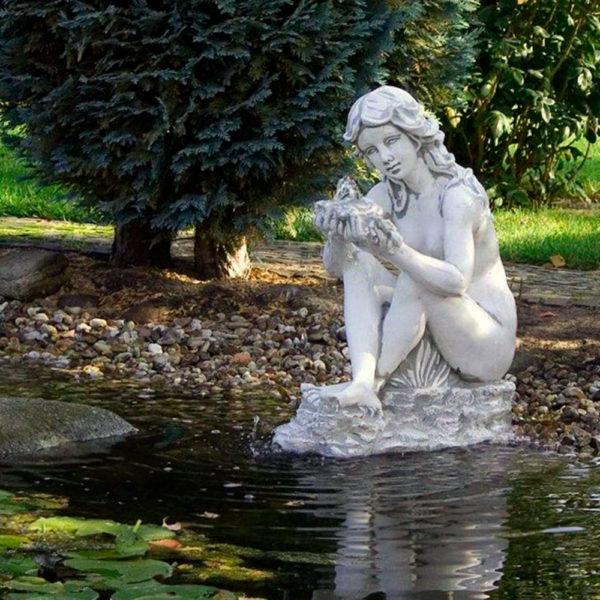 """Скульптура античная """"Венера с раковиной"""""""