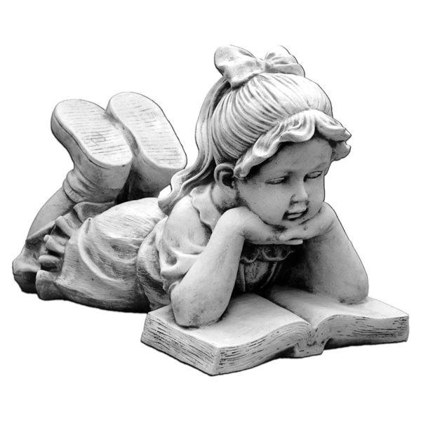 """Скульптура """"Девочка читающая книгу"""""""