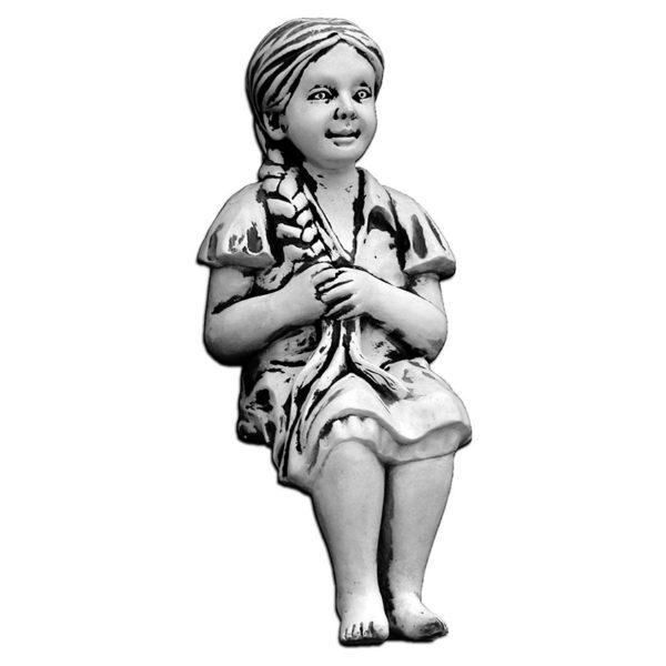 "Скульптура ""Девочка с косичкой"""