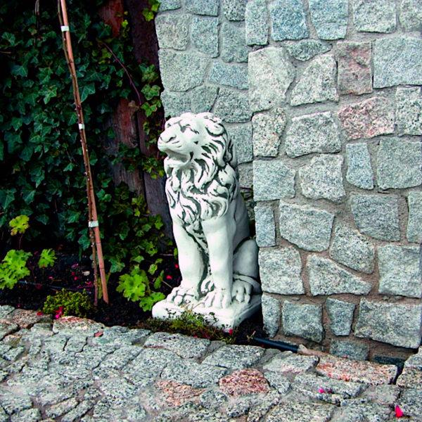 """Скульптура """"Лев сидящий прямо"""""""